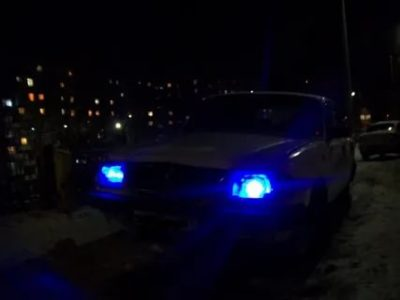 Можно ли ездить с синими габаритными огнями