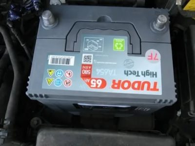 Какой аккумулятор стоит на Hyundai Solaris