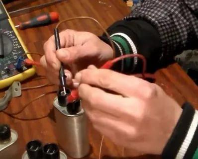 Как проверить конденсатор в микроволновой печи