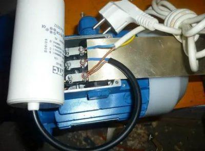 Как правильно подключить конденсатор к электродвигателю