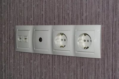 Для чего нужны выключатели