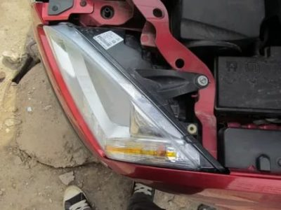 Как поменять лампочку в Ford Focus