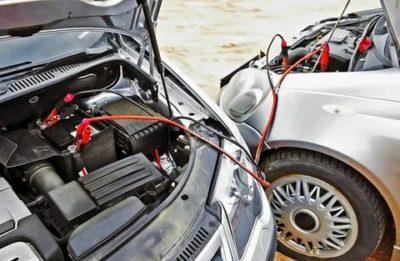 Как правильно прикурить автомобиль если сел аккумулятор