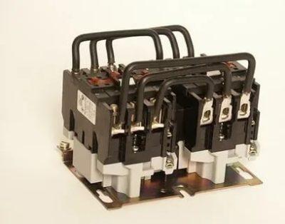 Что такое реверсивный магнитный пускатель