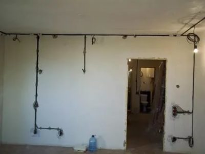 Как правильно проложить проводку в квартире