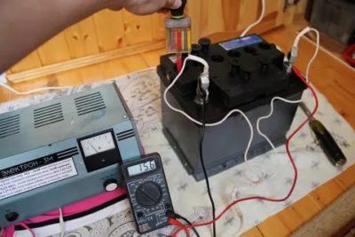 Можно ли заряжать аккумулятор когда он холодный