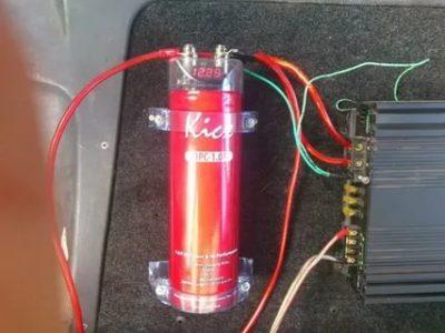 Как правильно подключить конденсатор к сабвуферу