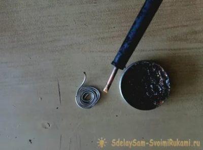 Как Залудить паяльник канифолью