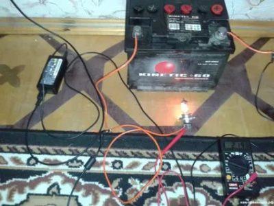 Как зарядить аккумулятор на машине без зарядного устройства