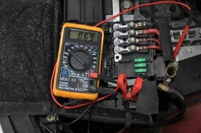 Как проверить тестером утечку тока в автомобиле
