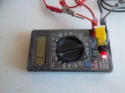Как проверить светодиод с помощью мультиметра
